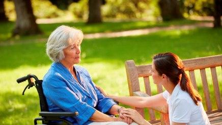 Pflegekräfte haben aufgrund hoher Arbeitsbelastung nur selten Zeit für ein ausführliches Gespräch, © Bayerischer Heilbäder-Verband e.V.