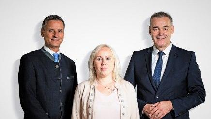 Geschäftsführer Thomas Jahn, Manuela Brodinger Geschäftsstelle Bad Füssing und Vorsitzender Peter Berek