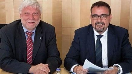 Ein sinnvoller Schulterschluss - Dr. Jakob Berger (links) vom Bayerischen Hausärzteverband und Klaus Holetschek, Vorsitzender des Bayerischen Heilbäder-Verbandes, © Bayerischer Heilbäder-Verband e.V.